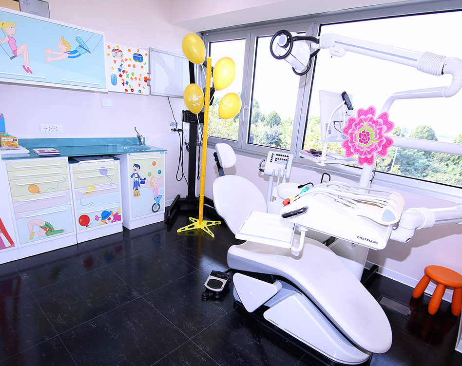BENACUS-DENTAL-CLINIQUE-SLIDER-STUDIO-04
