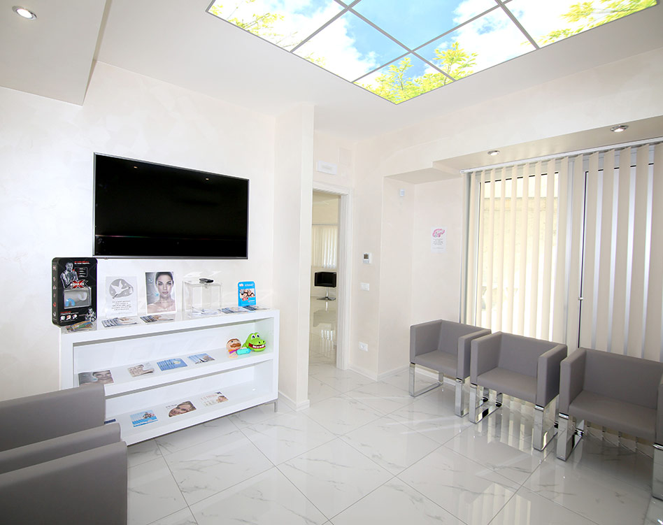BENACUS-DENTAL-CLINIQUE-SLIDER-STUDIO-06